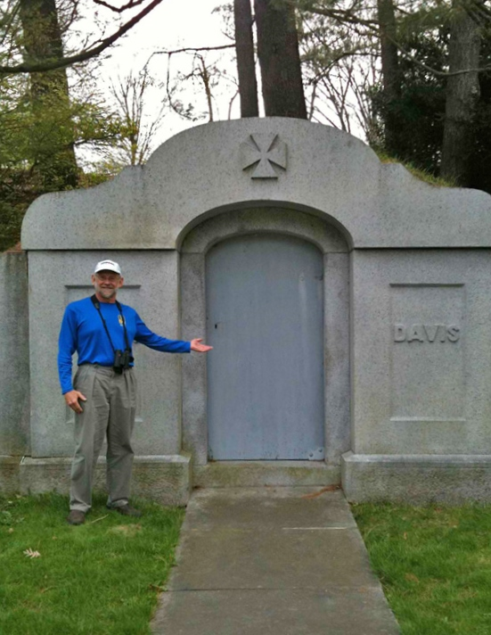 Multi-tasking: While out birding, I locate a possible post race resting place.