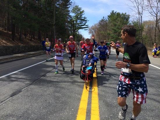 07 a team hoyt boston-marathon-2014-photos-34